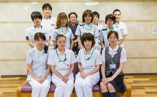 about_staff_img01_9994_l